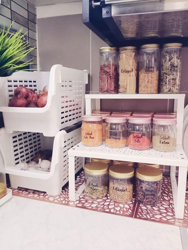 Setiap Barang Ada Rumah Boleh Ikut Idea Wanita Ini Reorganize Dapur Supaya Tak Serabut Vanilla Kismis